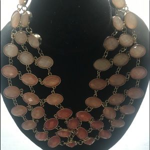 Beautiful light fun necklace and earrings!